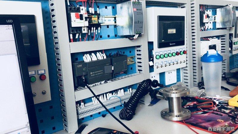 CPU224XPCN最高计数频率为230kH用于捕捉比CPU扫描速度更快的事件,并产生中断,执行中断程序,完成plc高数计数采集涡轮流量计脉冲信号的操作。高速计数器最多可设置12种不同的操作模式。用高速计数器可实现高速运动的精确控制